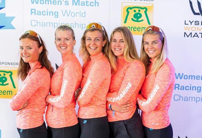 Bergqvist Match Racing Team, från vänster till höger: Johanna Thiringer, Ellinor Hansson, Johanna Bergqvist, Julia Carlsson och Isabelle Bergqvist. FOTO: Sten Bergqvist