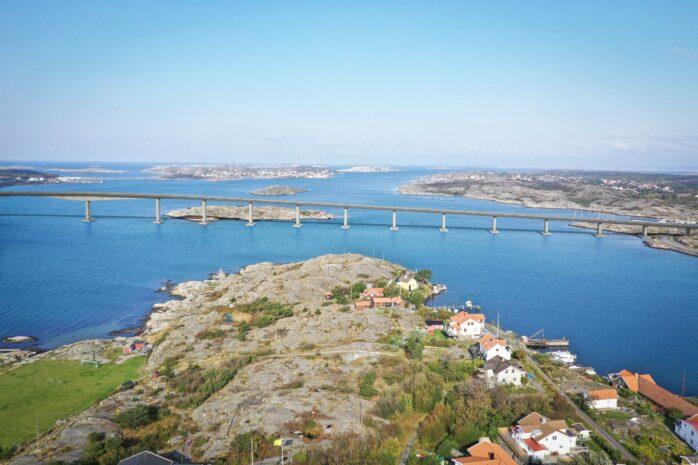 Förslag på balkbro så som den skulle kunna se ut mellan Öckerö och Björkö. Bilder–illustrationer: WSP/Trafikverket