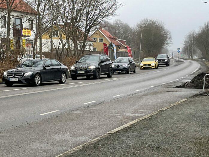 En genomförandestudie av busskörfält längs Kongahällavägen i centrala Torslanda ska göras.