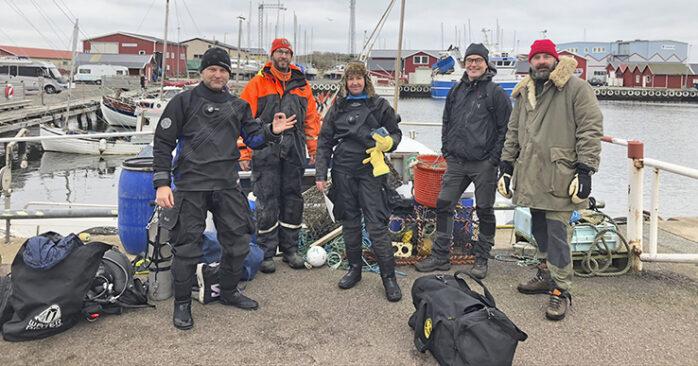 """Dykföreningen Divers Against Ghostnets fick Svenska Båtunionens miljöpris för sina ideella insatser att rensa hamnbottnar och stränder från skräp. Foto: förmedlade av Paul """"Palle"""" Hultsbo"""