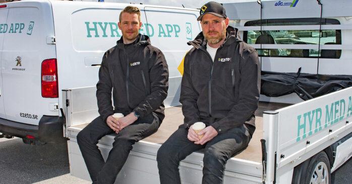 Magnus Backo som sköter drift och underhåll i Göteborgsområdet och grundaren Daniel Gollungberg.